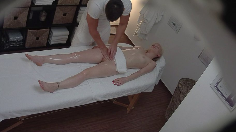CzechMassage 201 HD Online