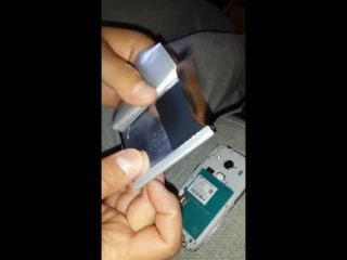 В Казахстане телефоне нашли прослушку на батарейке