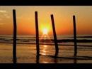 Восход солнца, шум волн