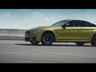 Реклама новой BMW M4 дрифт на авианосце