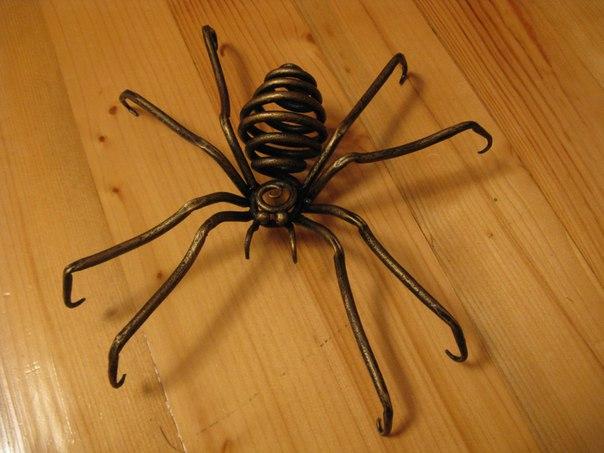 Как сделать паутину своими руками из проволоки