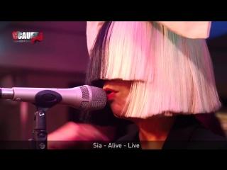 Sia - Alive - Live - C'Cauet sur NRJ Париж, Франция.