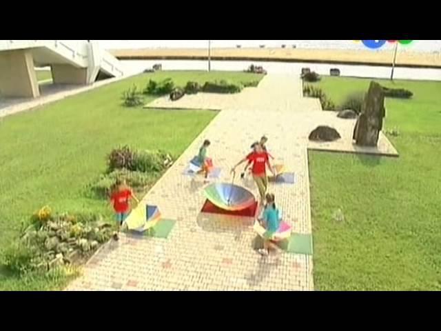 Прыг скок команда Упражнения с зонтиком Вместе с прыг да скок