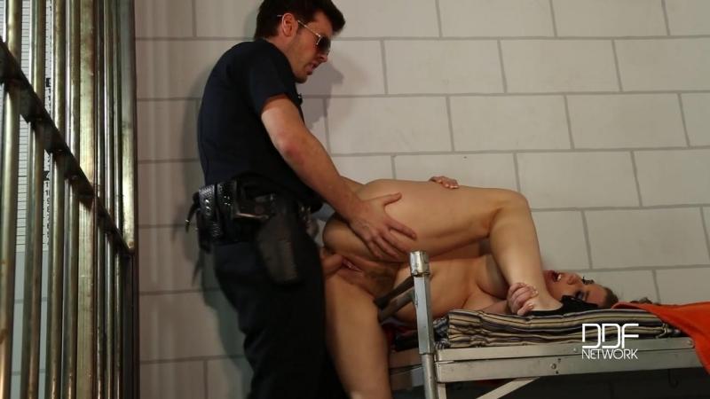 чтопри этом грудастая в тюрьме видео будешь