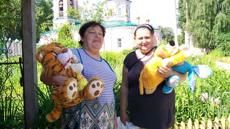 Оказана благотворительная помощь многодетным семьям нашего прихода и другим нуждающимся