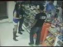 Borci MMA brutalno pretučeni na benzinskoj pumpi 18