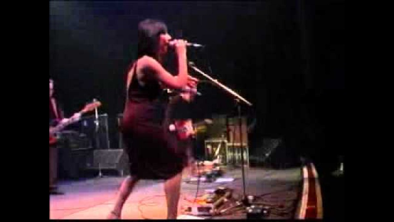 PJ Harvey Live at Shepherd's Bush Empire London 2001