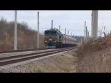 Тепловоз 2ТЭ10УТ-0076 со скорым поездом №65 Москва-Кишинёв