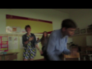 Вот ещё одно смешное  видео с класного вечера XD