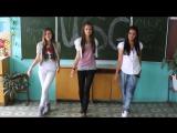 Девочки поют в школе про мастурбацию. Россея +18