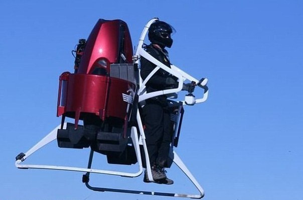 Реактивный ранец Jetpack выйдет в 2016 году