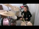 Metallica - Enter Sandman - Eduarda Henklein (5 anos) Drum cover