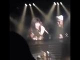 Джину и Мино упоминают о Бом на японском концерте.