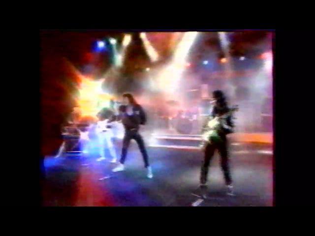 В.Синчук и Группа Галактика 1990 В.Козак (бас гит.)