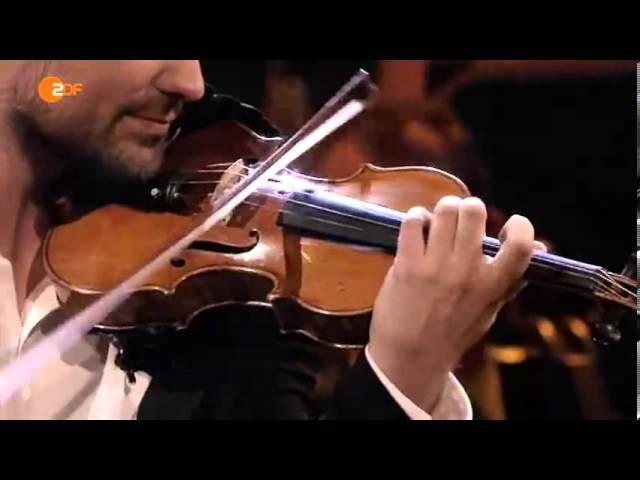 David Garrett kommentiert und spielt Brahms