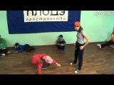 Арина vs Настя (1-й батл по брэйку и хип-хопу КлоДэ)