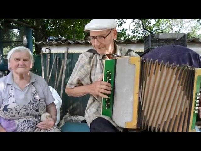 Український гопак - The oldest Ukrainian Diatonic accordion player