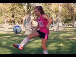 Kyra 12 year old girl soccer player - Amazing Athlete!! 1v1 Soccer Training