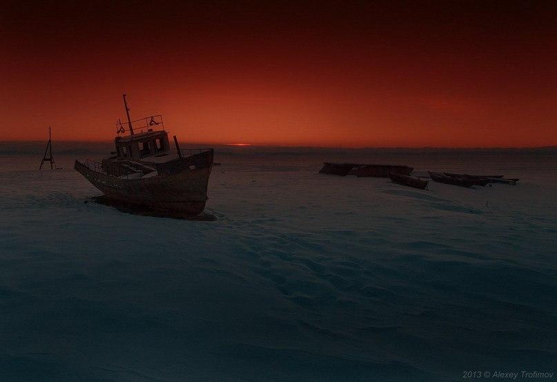 Необычный закат на Байкале