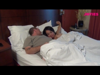 Отец ебёт свою маленькую дочь порно видео онлайн