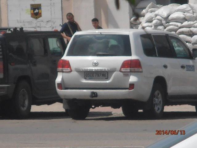 Террористы на авто ОБСЕ захватили г. Перевальск. Луганск ой области. Интер Подро ...