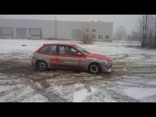Штормовое предупреждение, не помеха для Зимней тренировке от Академии Вождения Карбон. в Киеве.