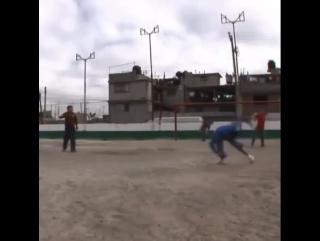 Футбол в стиле кунг-фу