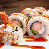 Токио Калининград: Заказ и доставка суши на дом