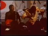 Oliver Mtukudzi and The Black Spirits. 1990