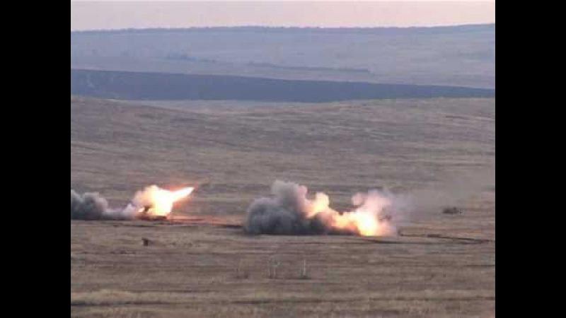 Залп ТОС-1А Буратино (firing TOS-1 Buratino Heavy Flamethrower System)
