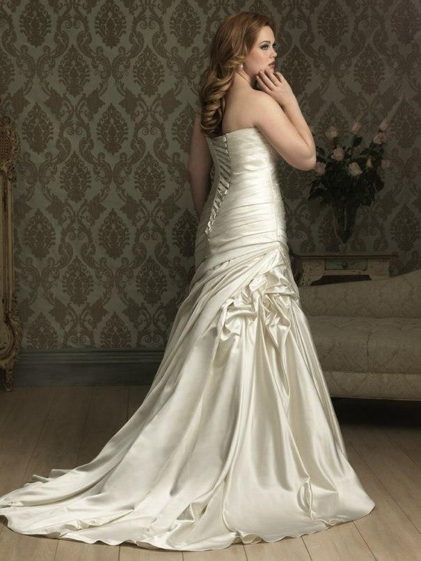 E tzPMZpA5I - Свадебные платья Allure Bridals коллекции 2016