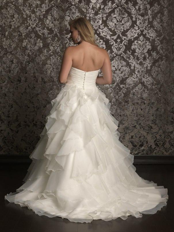 yNsWxkUqoKE - Свадебные платья Allure Bridals коллекции 2016