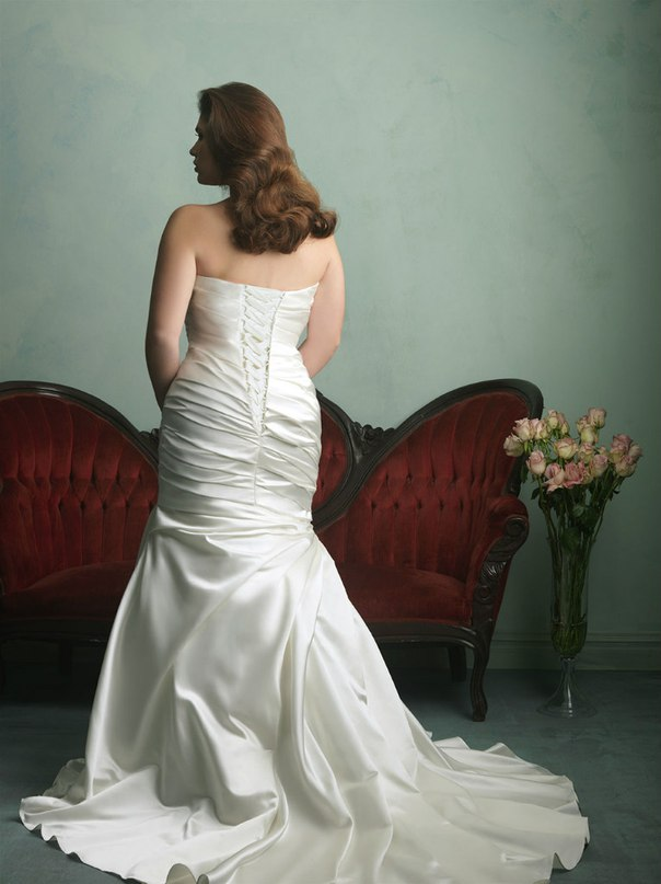 AbrUrrayNU8 - Свадебные платья Allure Bridals коллекции 2016