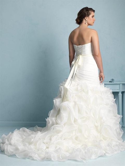 tpOYwNVNUsA - Свадебные платья Allure Bridals коллекции 2016