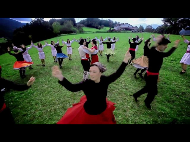 Basque Dances (Dantza zati bat Idiazabalen - Euskal Herriko dantzak)