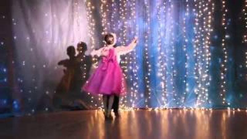 Бальные танцы Медленный вальс танцуют дети