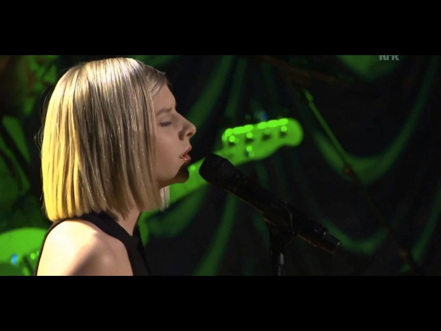 Aurora Aksnes - Awakening (First TV Performance)