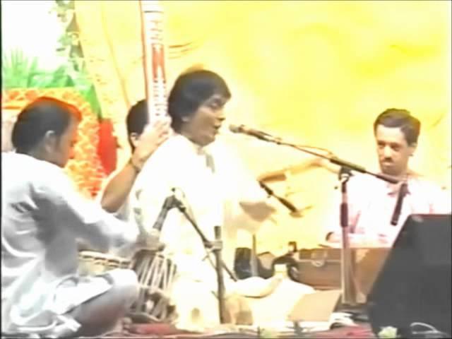 Ajit Kadkade Om Namah Shivaya (Sahaja Yoga Shri Mataji Shiva 2003 Pune) Naam Tujhe Barve Ga Shankar