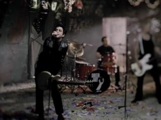 Green Day - Boulevard Of Broken Dreams [Official Video] 2005