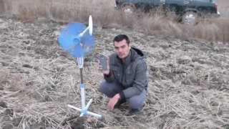 свое электричество. ветрогенератор из комнатного вентилятора.