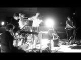 UNDER BYEN - Live from Copenhagen  DEN HER SANG HANDLER OM AT F
