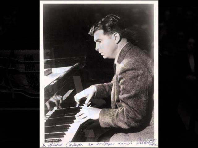 Gilels plays Shostakovich Prelude Fugue no. 24 in D minor (1955)