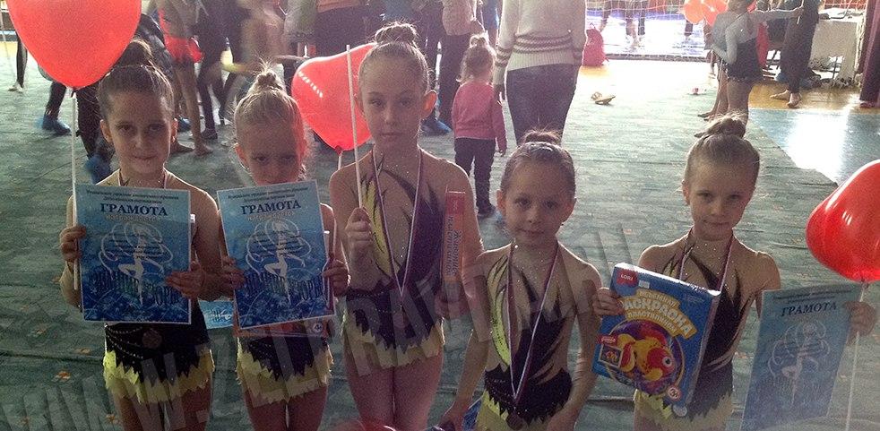 Грации из станицы Зеленчукской призеры Первенства по художественной гимнастике в групповых упражнениях