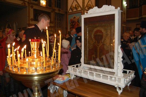 Состоялось принесение Федоровской иконы Пресвятой Богродицы в станицу Зеленчукскую