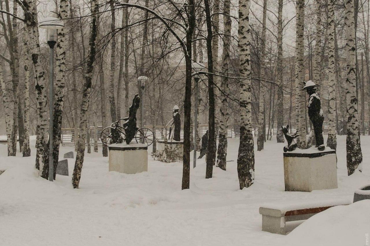 Скульптуры по мотивам рассказов Чехова