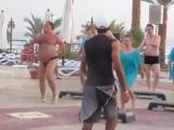 http://drm39.ru/ Позитивный танец туриста в Египте