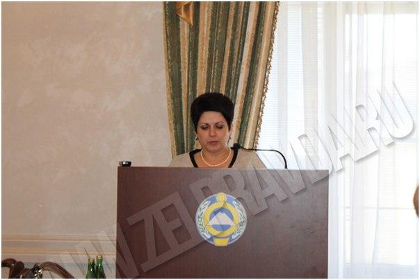 Директор Зеленчукского центра занятости населения выступила с докладом по вопросам занятости молодежи Зеленчукского района