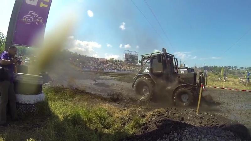 Гонки на тракторах Бизон трек шоу 2014 Лучшие моменты