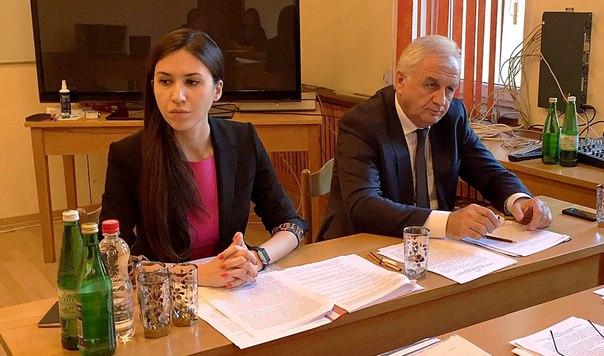 Министр культуры КЧР Гогова Мадина Сергеевна с рабочим визитом посетила Зеленчукский район