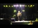 Caetano canta 'Odeio Você' e o público grita 'Cunha'